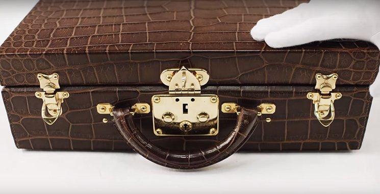 Louis-Vuitton-Watercolor-Box-Trunk-5