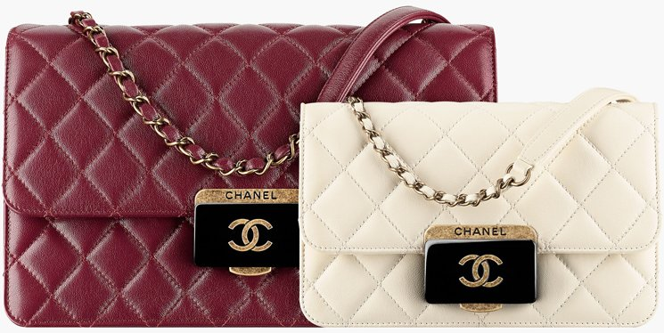Chanel-Quilted-CC-Plate-Flap-Bag-4