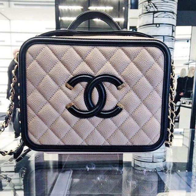 Chanel-Vanity-Case