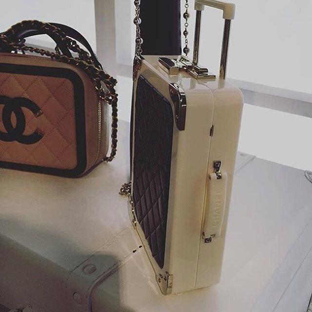 Chanel-Vanity-Cases-6