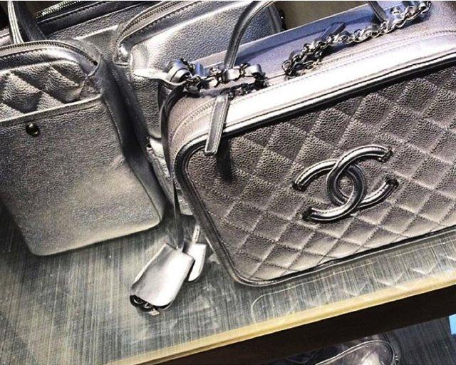 Chanel-Vanity-Cases-7