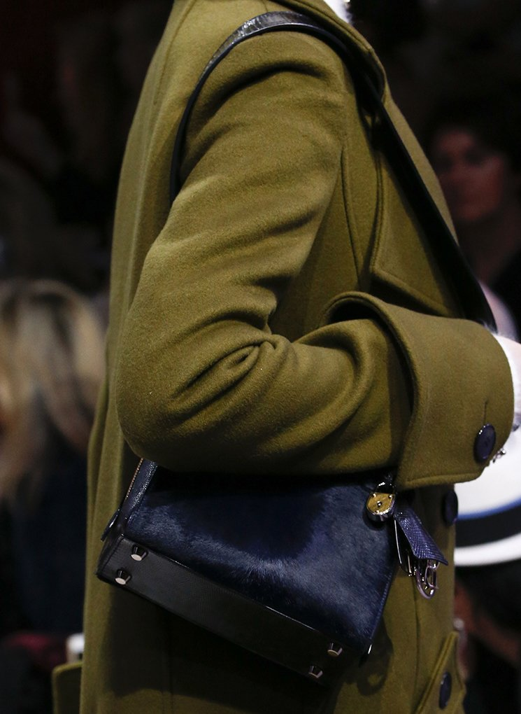 Dior-Fall-Winter-2016-Runway-Bag-Collection-10