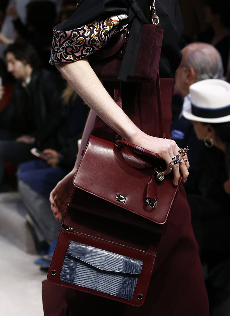 Dior-Fall-Winter-2016-Runway-Bag-Collection-14