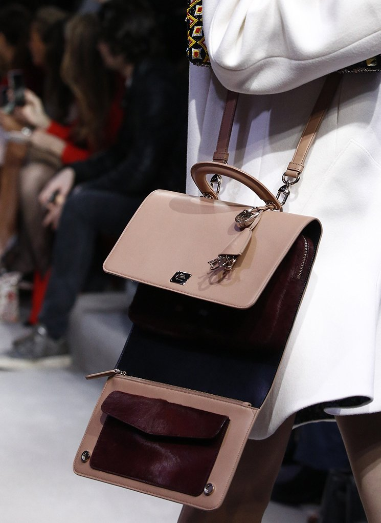 Dior-Fall-Winter-2016-Runway-Bag-Collection-20