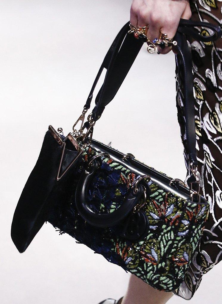 Dior-Fall-Winter-2016-Runway-Bag-Collection-21