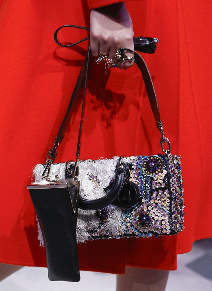 Dior-Fall-Winter-2016-Runway-Bag-Collection-29