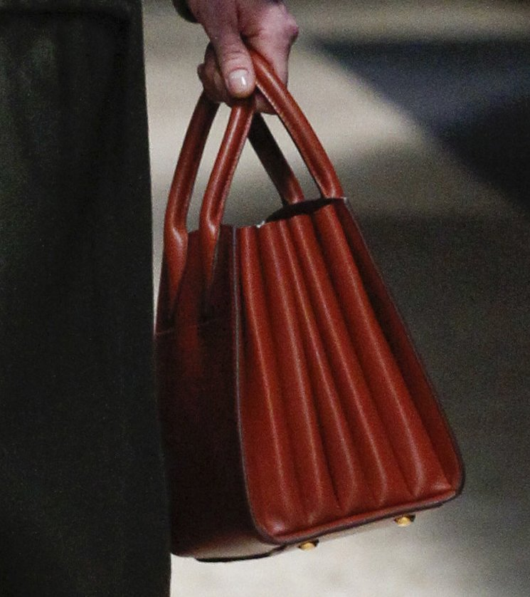prada hadbags - Prada Fall Winter 2016 Runway Bag Collection Part 1 | Bragmybag