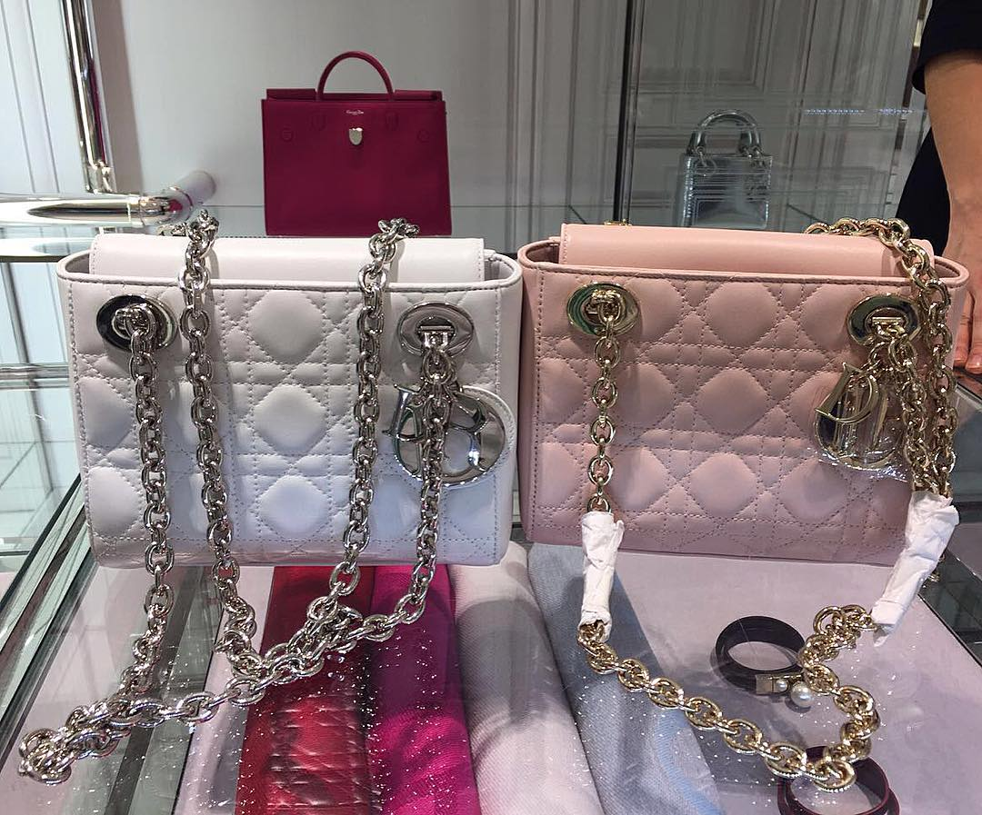 Measuring 19 x 14 x 9 cm, priced at €2300 euro via Dior boutique. Lady-Dior- Double-Chain-Bag 0dce387c27