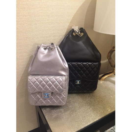 8a6d028e8540 Chanel-Backpack-In-Seoul-2