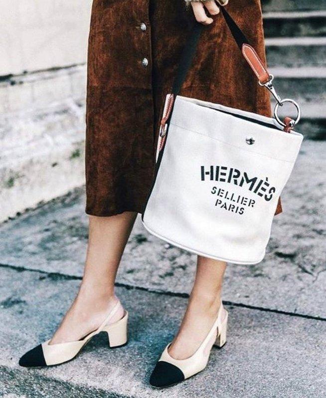 95238132576c Hermes-Grooming-Bag-4