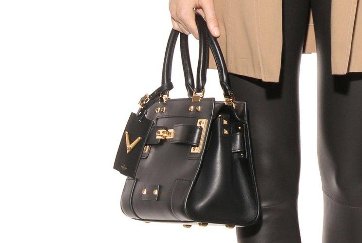 Valentino-Twist-Lock-My-Rockstud-shoulder-bag-6