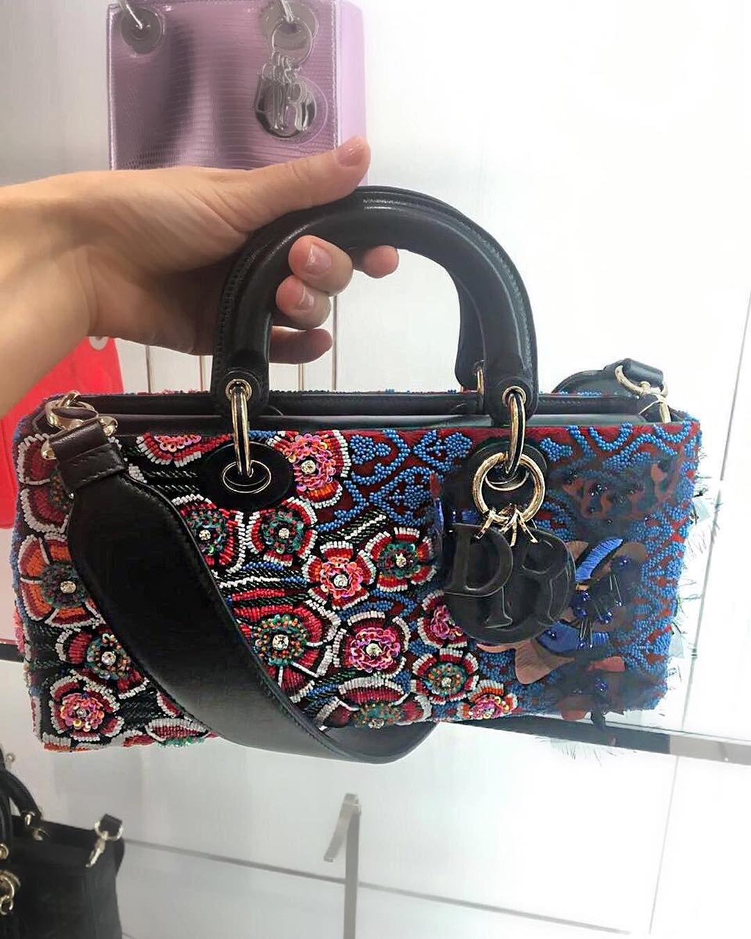 A-Closer-Look-Dior-Runway-Bag-2