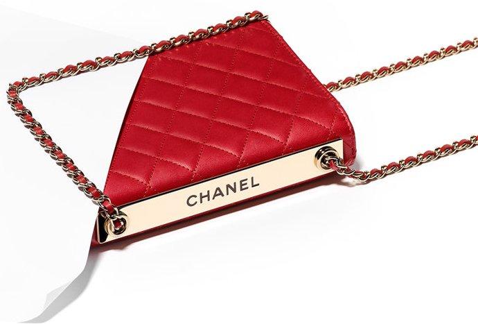 chanel-red-trendy-cc-woc-2