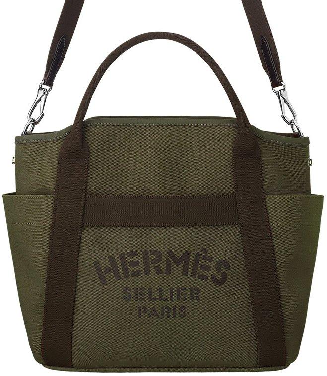 d1edeecf6aab Hermes Functional Grooming bag