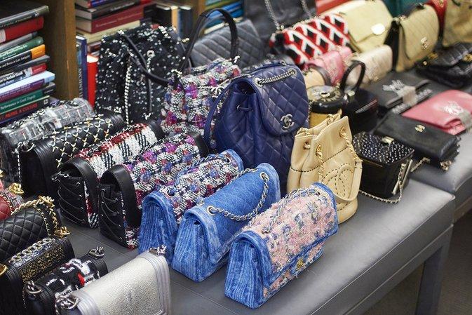 A-Sneak-Peek-At-The-Fall-Winter-2016-Handbags