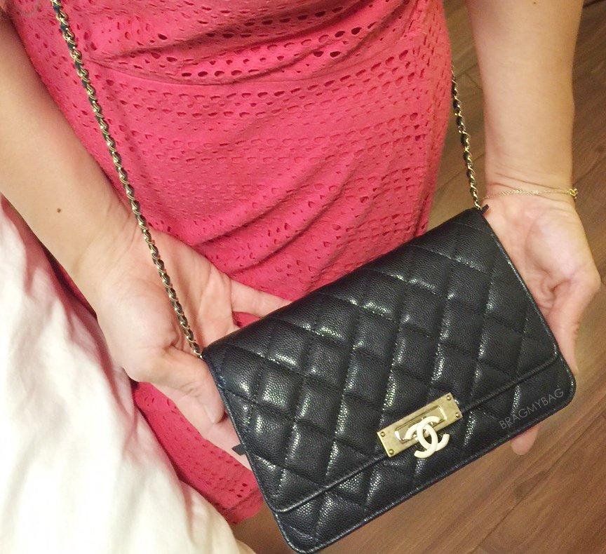 Chanel-Golden-Class-Double-CC-WOC