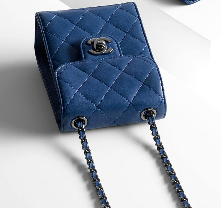 Chanel-Squared-Wallet-On-Chain-6