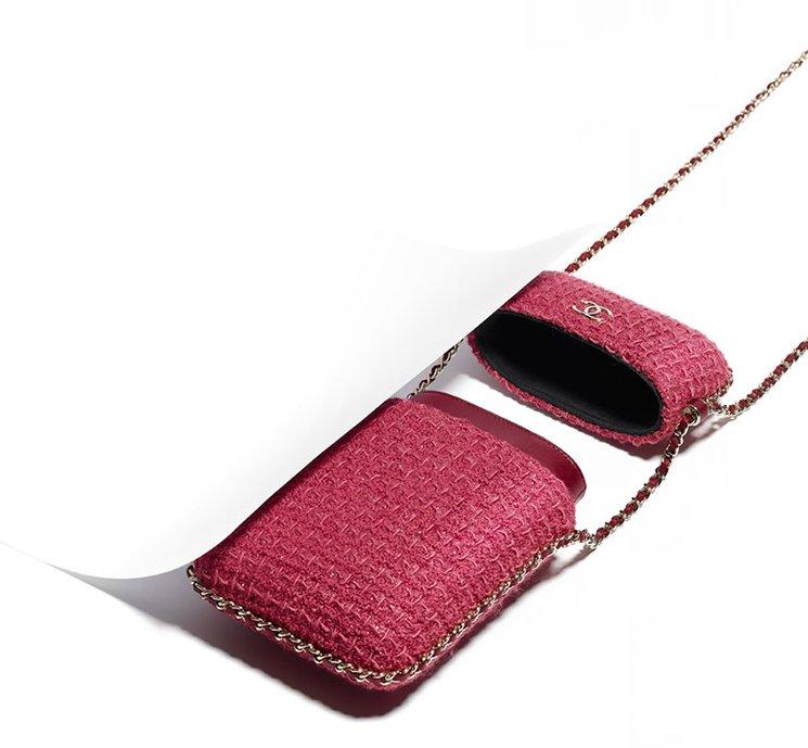chanel-tweed-phoneholders-5