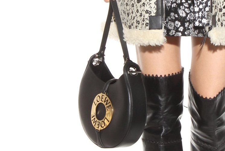 loewe-joyce-shoulder-bag-5