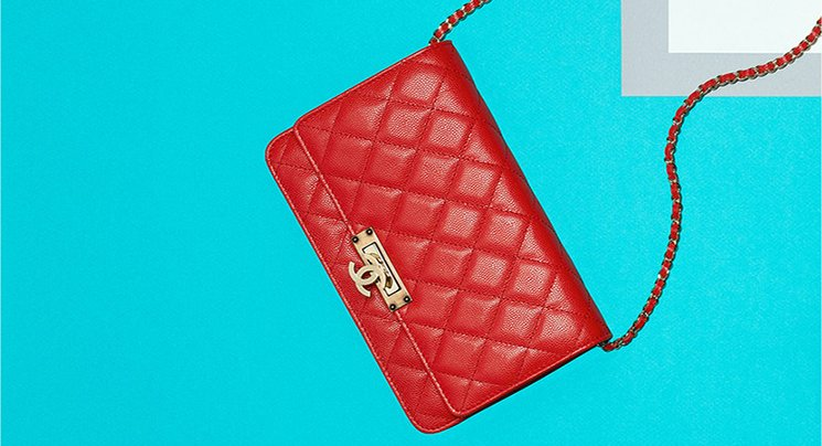 reinventing-the-chanel-double-cc-golden-class-woc-2