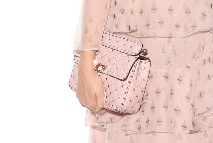 valentino-rockstud-spike-quilted-bag-5