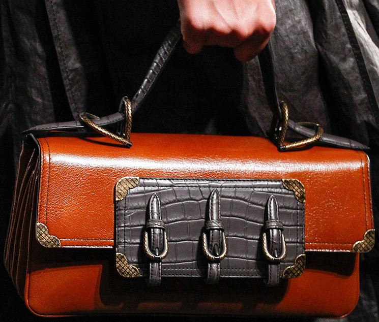 bottega-veneta-spring-summer-2017-runway-bag-collection-featuring-new-chic-bags-14