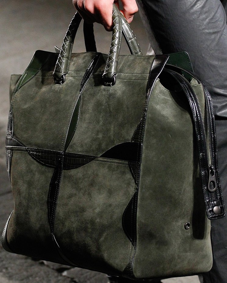 bottega-veneta-spring-summer-2017-runway-bag-collection-featuring-new-chic-bags-16