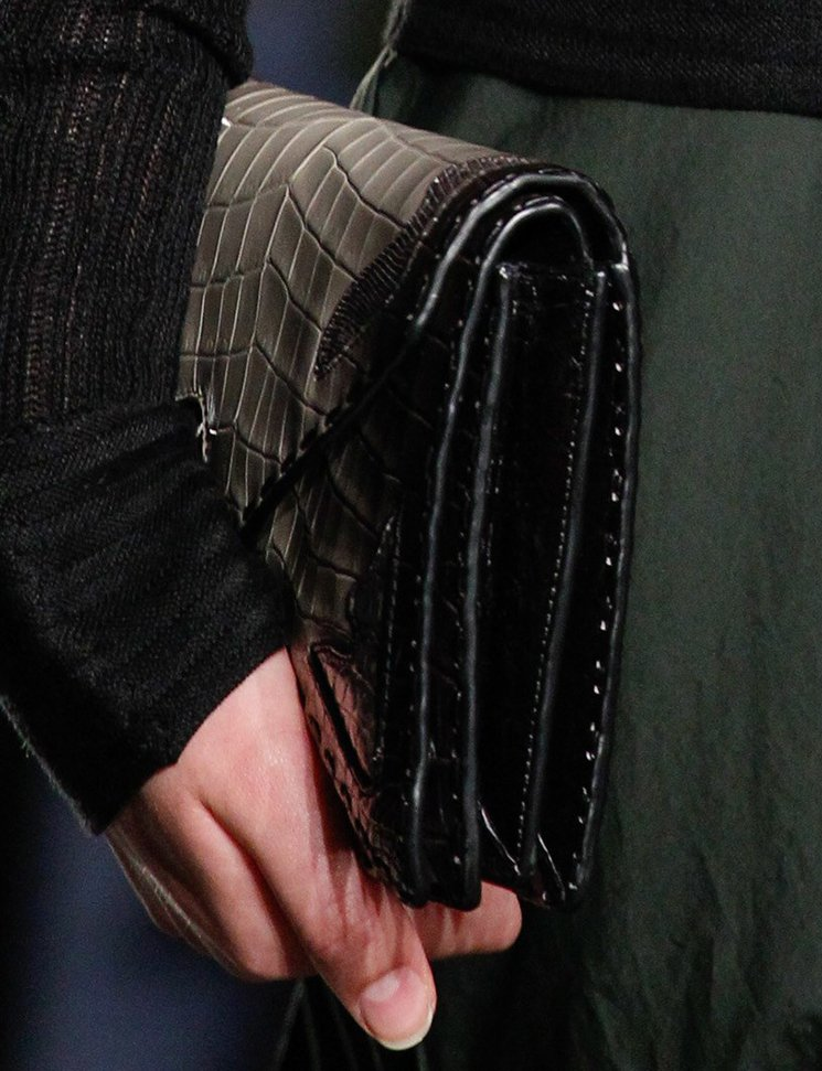 bottega-veneta-spring-summer-2017-runway-bag-collection-featuring-new-chic-bags-21