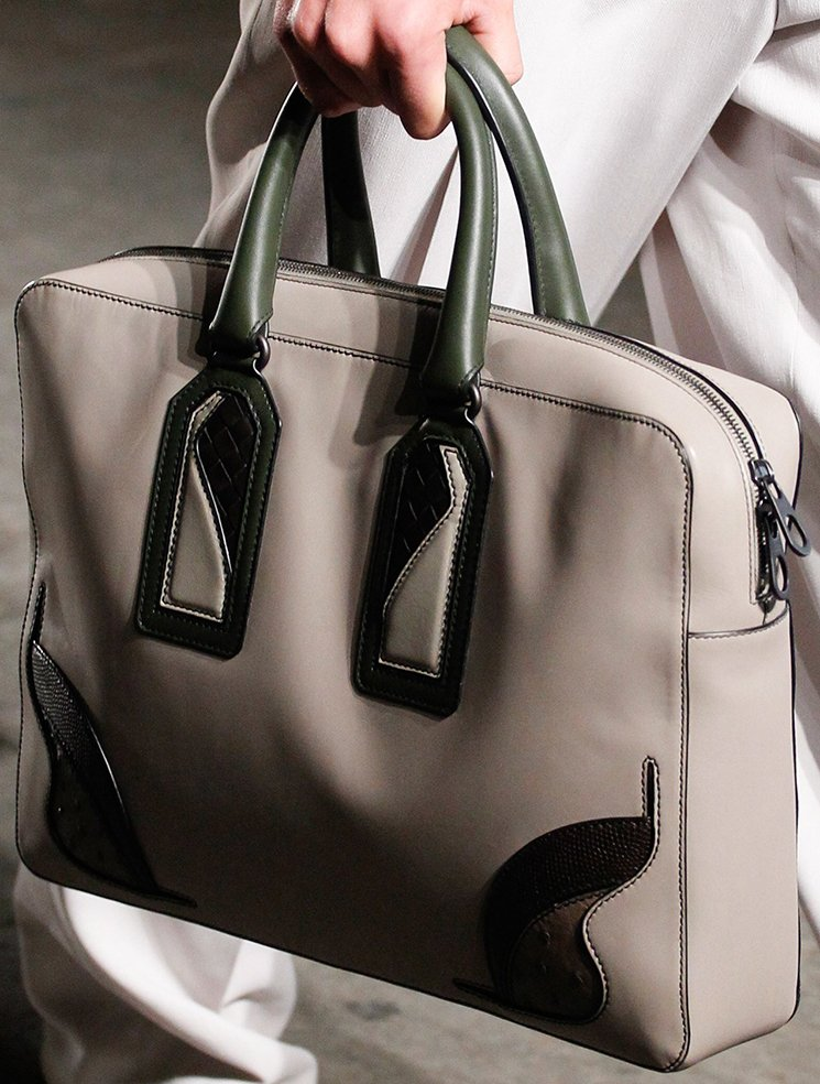 bottega-veneta-spring-summer-2017-runway-bag-collection-featuring-new-chic-bags-23