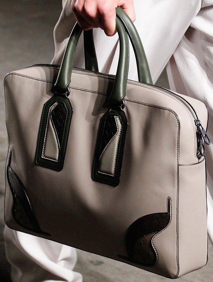 bottega-veneta-spring-summer-2017-runway-bag-collection-featuring-new-chic-bags-23