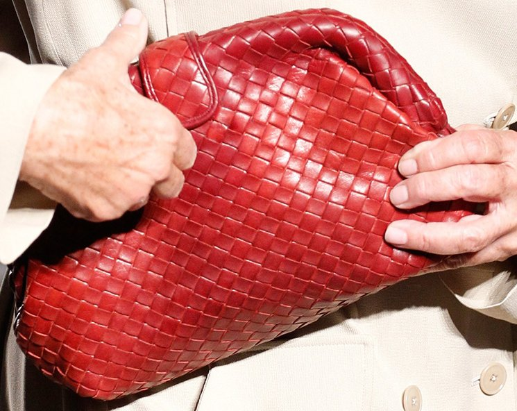 bottega-veneta-spring-summer-2017-runway-bag-collection-featuring-new-chic-bags-27