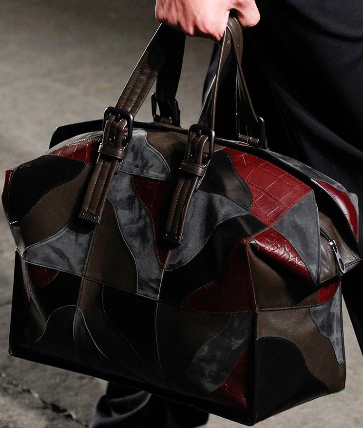 bottega-veneta-spring-summer-2017-runway-bag-collection-featuring-new-chic-bags-32
