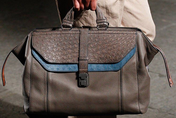 bottega-veneta-spring-summer-2017-runway-bag-collection-featuring-new-chic-bags-39
