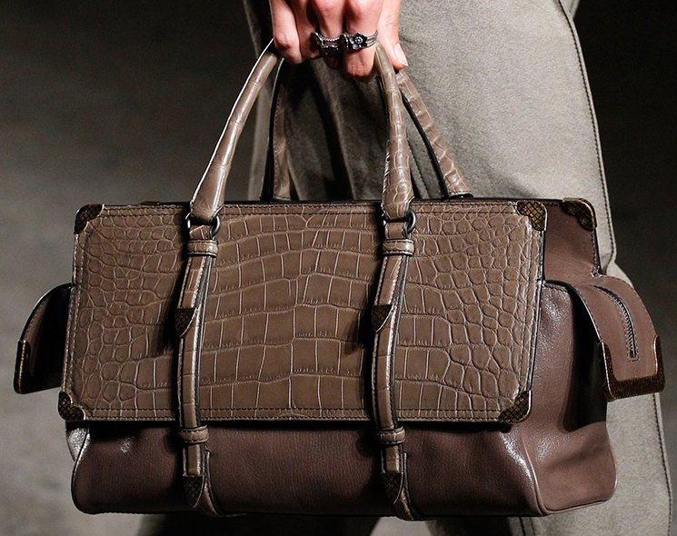 bottega-veneta-spring-summer-2017-runway-bag-collection-featuring-new-chic-bags-43