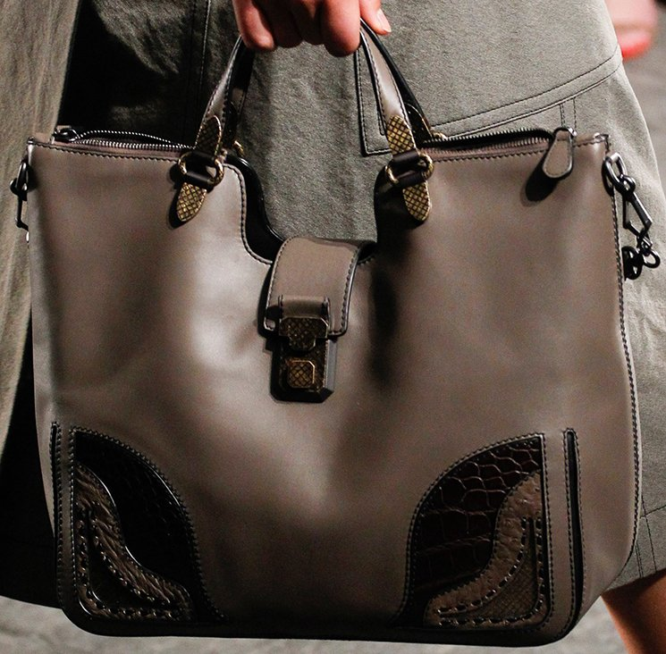 bottega-veneta-spring-summer-2017-runway-bag-collection-featuring-new-chic-bags-44