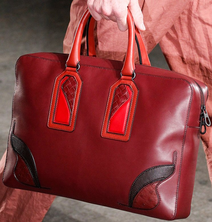 bottega-veneta-spring-summer-2017-runway-bag-collection-featuring-new-chic-bags-49