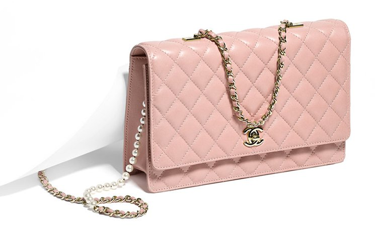 chanel-fantasy-pearls-flap-bag-5