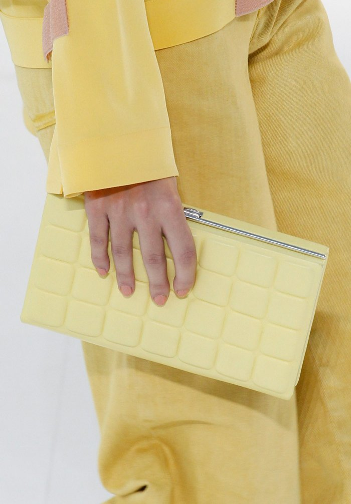 chanel-spring-2016-runway-bag-collection-12