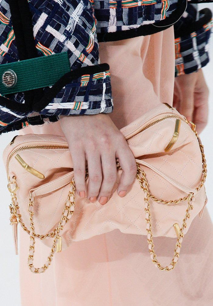 chanel-spring-2016-runway-bag-collection-9