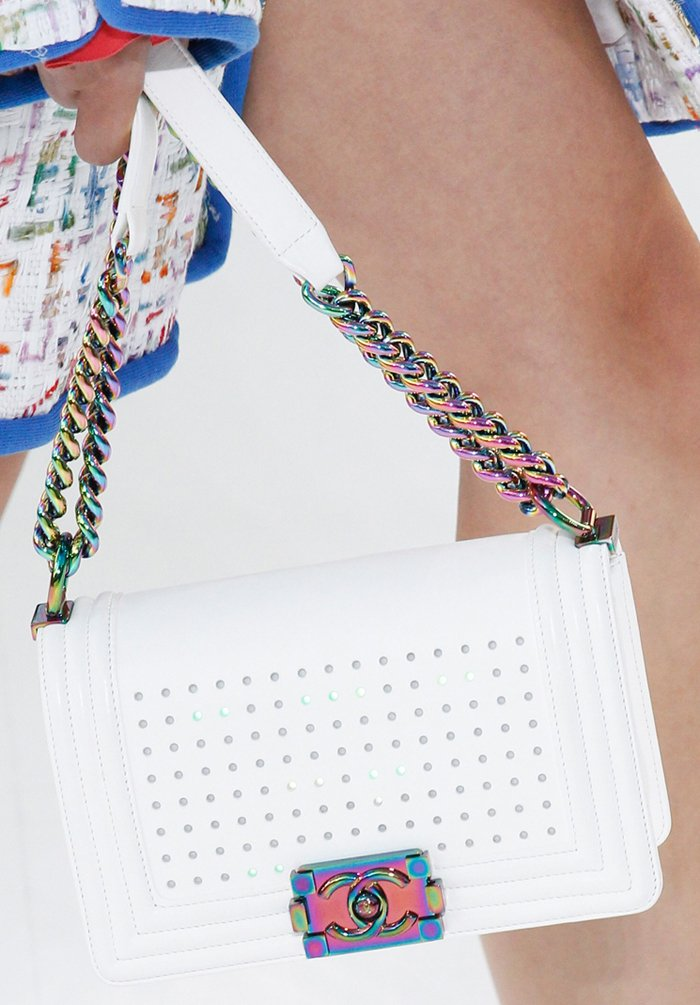 chanel-spring-2016-runway-bag-collection