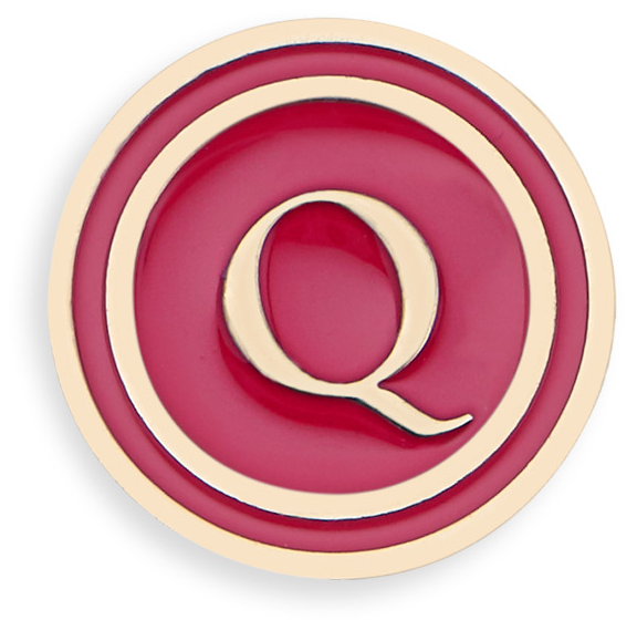 dior-letter-q-lucky-badge
