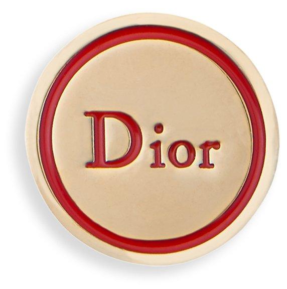 dior-signature-lucky-badge