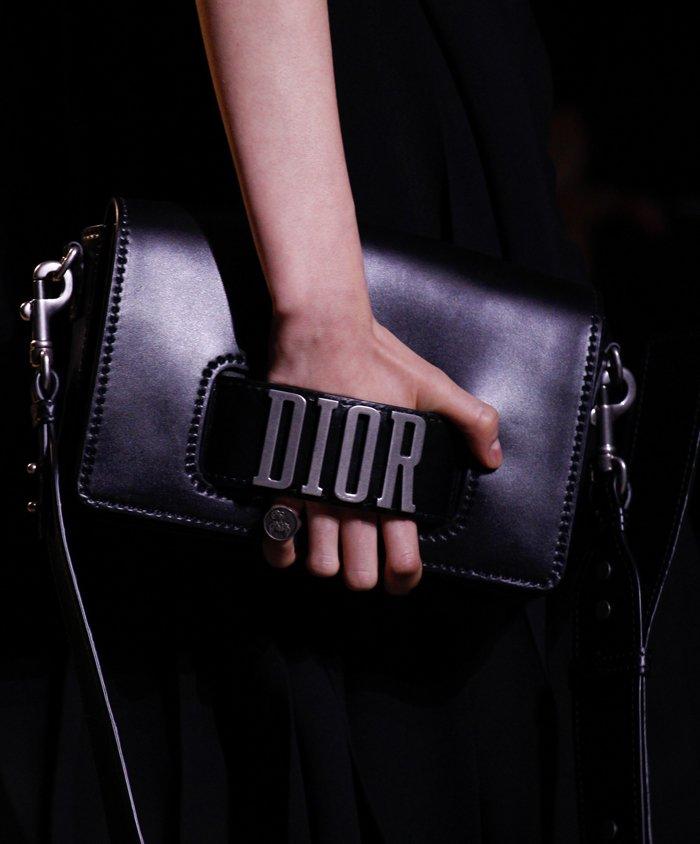 dior-spring-summer-2017-runway-bag-collection-19