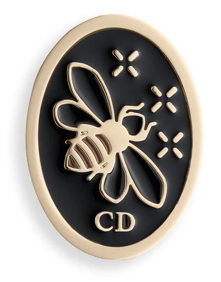 dior-sunny-bee-lucky-badge
