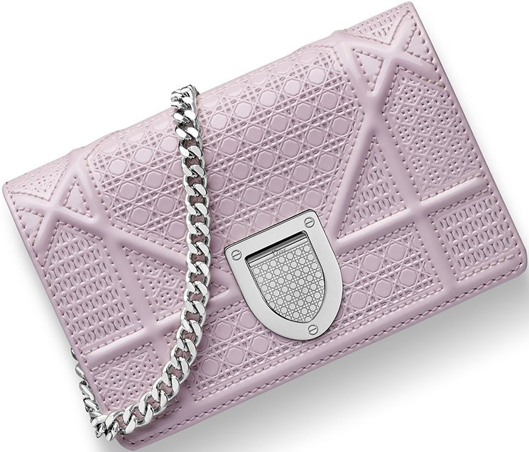 diorama-pink-baby-pouch-with-chain