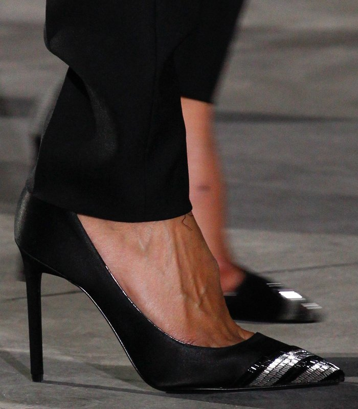 saint-laurent-spring-summer-2017-pumps-3