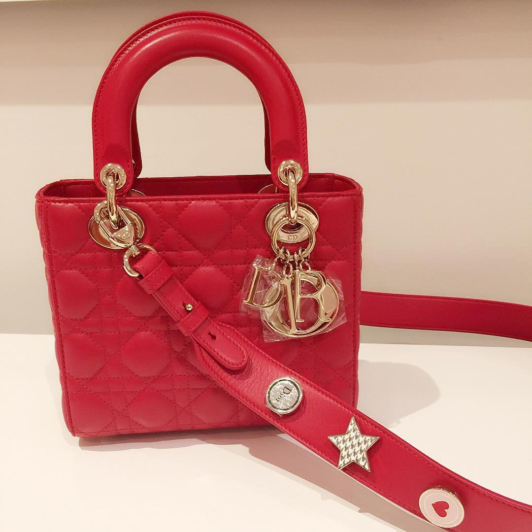 a-closer-look-my-lady-dior-bag-and-lucky-badges-10