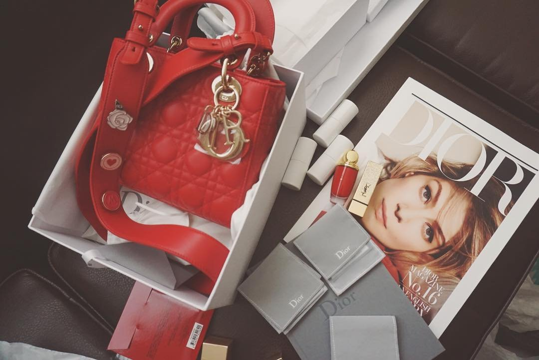 a-closer-look-my-lady-dior-bag-and-lucky-badges