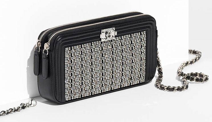 boy-chanel-strass-small-clutch-with-chain-2