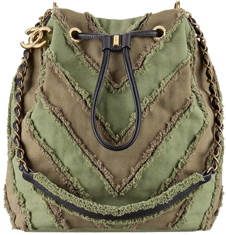 chanel-cruise-2017-seasonal-bag-collection-34